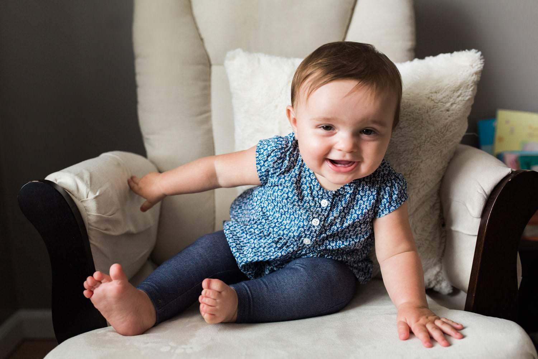 one year photo in baby girl nursery