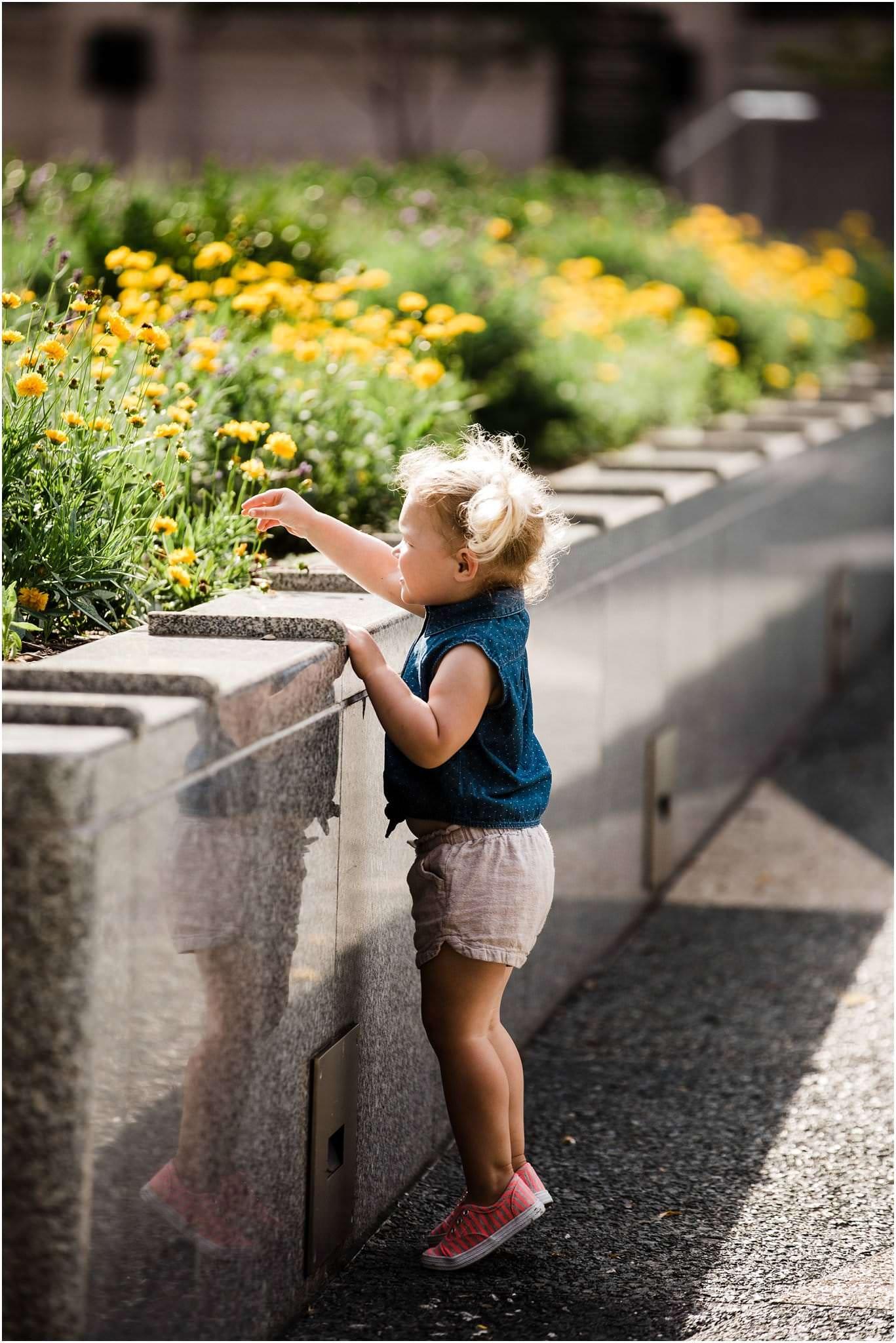 toddler exploring downtown pittsburgh