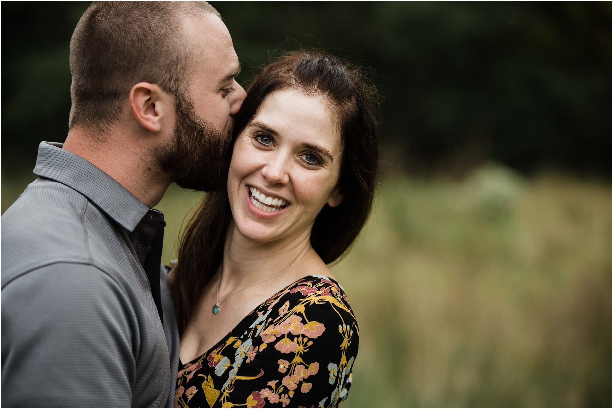 husband and wife photo at family session