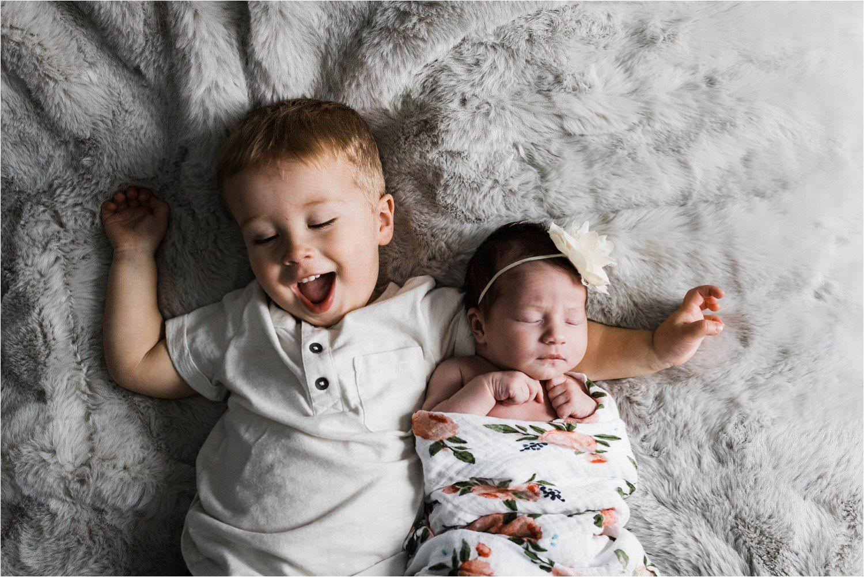 new sibling photo
